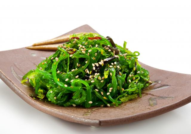 海藻熱量很低,所含豐富的膳食纖維還有利於減肥。(Fotolia)
