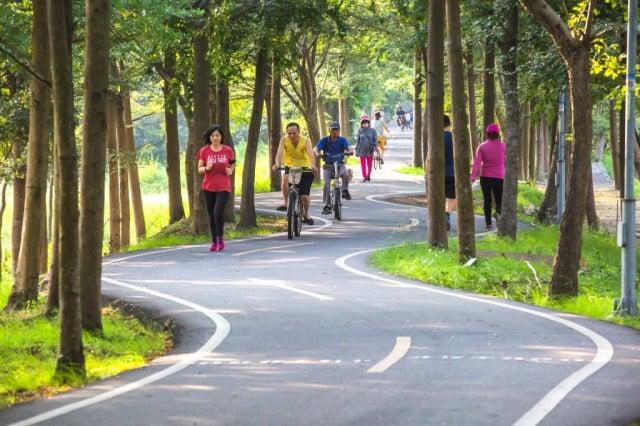 自行車道人流管制政策,包括潭雅神綠園道、后豐鐵馬道及東豐自行車綠廊等,(台中市政府提供)