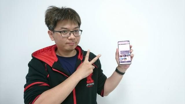 OnO「AI技術應用工程師班」學員劉瑞宸所製作的產品,緯育TibaMe的「一起走走吧!」作品受歡迎。(勞動部勞動力發展署桃竹苗分署提供)