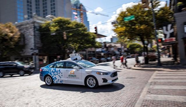 善用駕駛輔助系統。(Ford圖片)