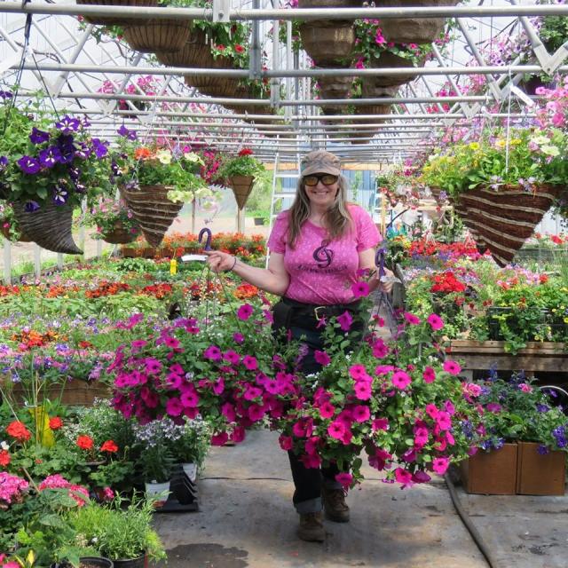 擁有一個植物園的魁北克人Cathy Brochet最近經歷了一次醫院奇遇。(Cathy Brochet提供)