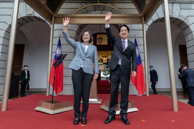 左起總統蔡英文、副總統賴清德。(總統府提供)