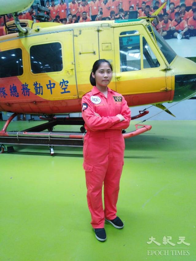 彰化地區第一位獲得飛機修護乙級證照女傑楊慧棋。(記者謝五男/攝影)