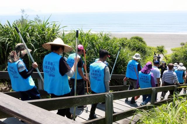 6月1日壯圍鄉海灘巡護隊啟動。