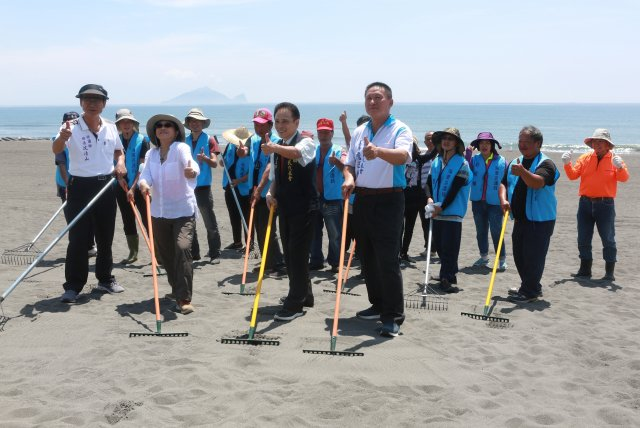 「向海致敬」壯圍鄉海灘巡護隊啟動。