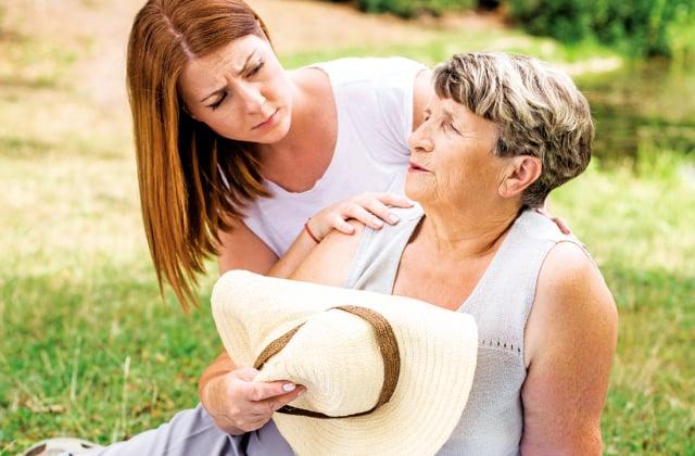 身體產生的熱,無法及時通過身體的代謝(如流汗)充分地散出,而 造成身體的傷害。 (Shutterstock)