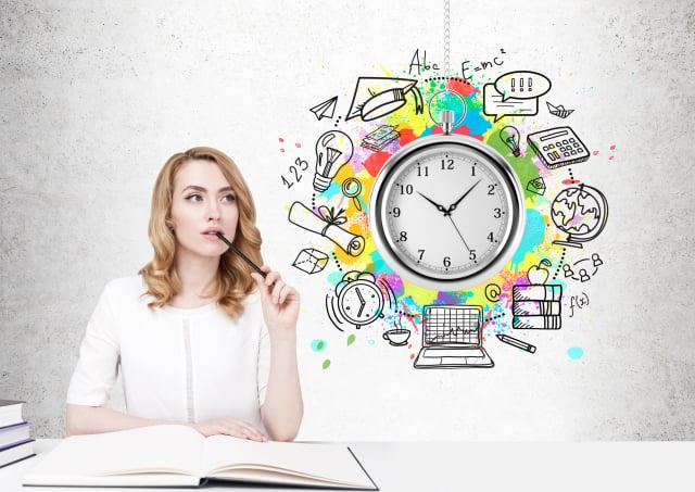 維持自己的生活常規,不要被疫情衝擊原本維持平衡的生活為原則,在疫情期間出現情緒焦慮不安時要善待自己,留出一些時間休息,讓自己平靜後,再重新調整生活。(Shutterstock)