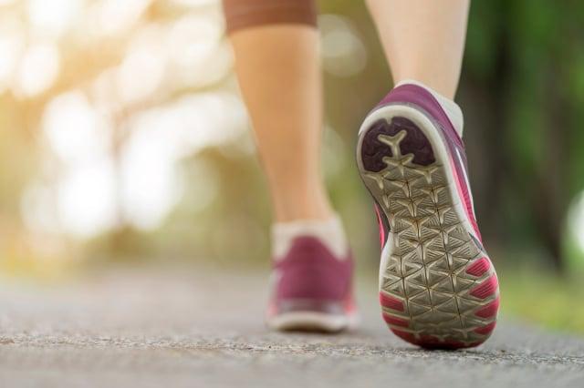 松浦彌太郎在43歲陷入職場困境,當開始嘗試跑步後,甩掉了疲勞、壓力,人生也重啟。示意圖。(Shutterstock)