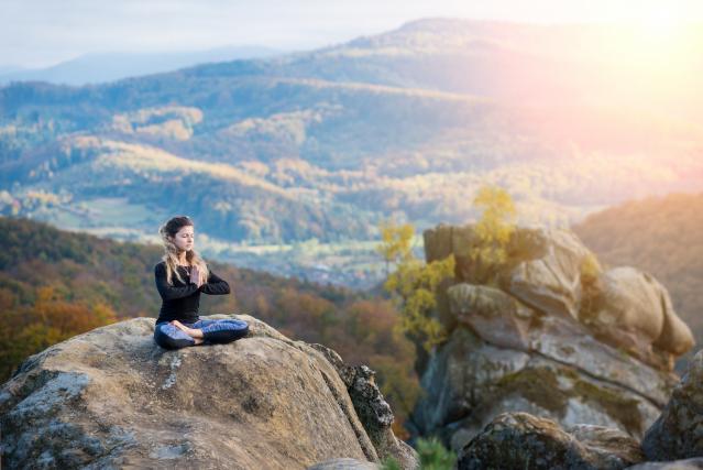 美德是特效藥,追回傳統美德,使正能量物質,充滿自己的場,傳遞他人的場,宇宙的正能量就會天人相應來支助。(123RF)