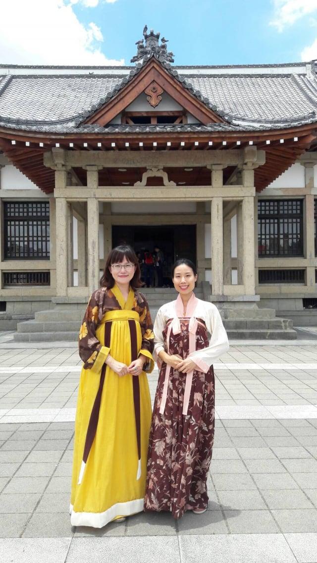 民眾身著漢服,體驗傳統文化之美。(柯坤佑提供)