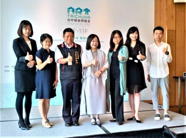 第八屆「2020 ART TAICHUNG 台中藝術博覽會」7月16至19日,在日月千禧酒店登場。(記者黃玉燕/攝影)