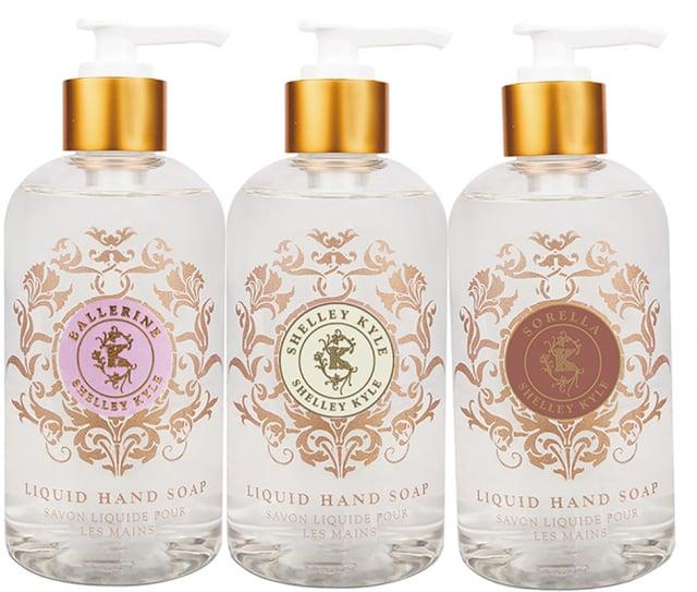 板橋大遠百推出振興價500元專區香水洗手精。