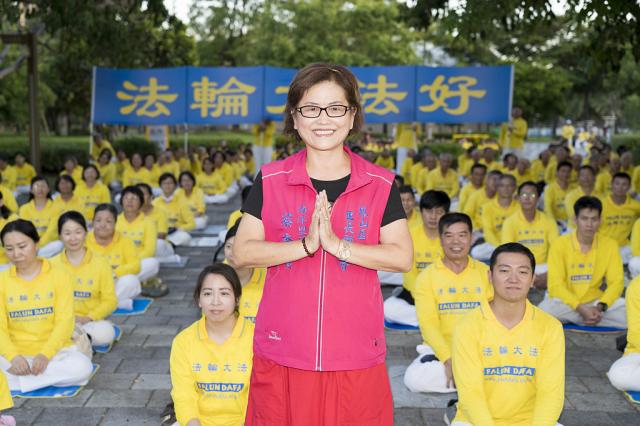 法輪功反迫害21周年,海洋里里長蔡秀寶出席高雄720燭光夜悼活動。