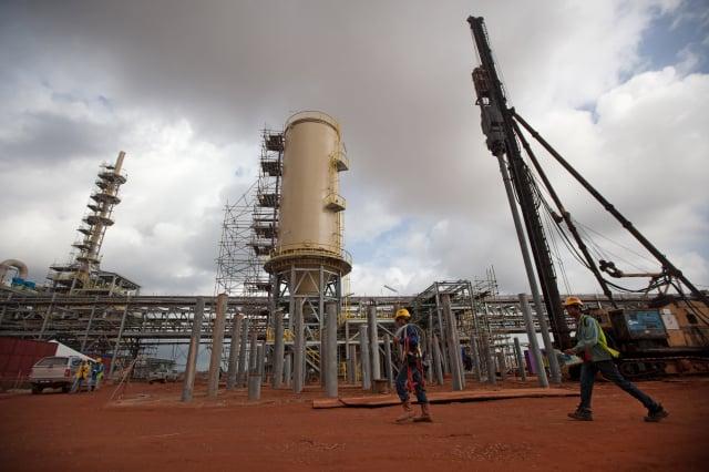 圖為2012年,澳洲礦業公司萊納斯在馬來西亞的稀土加工廠。(AFP via Getty Images)