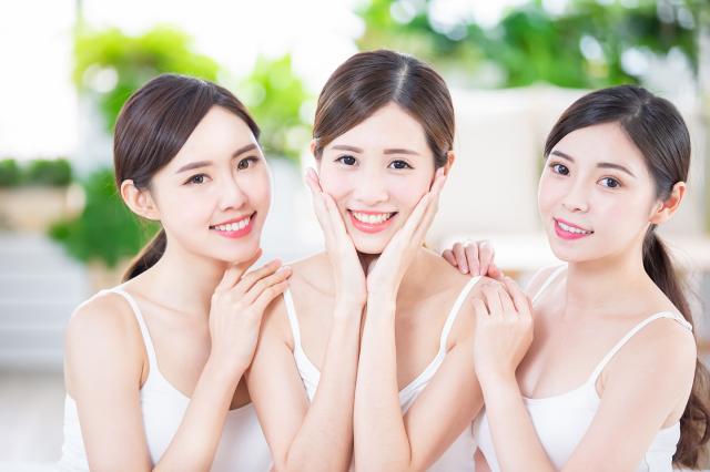 氣血充足的女人不僅氣色好,身體也特別好,很少受婦科疾病困擾,由內而外都洋溢著女人特有的魅力與活力,這絕對不是現代人工美女能比得上的。(Shutterstock)