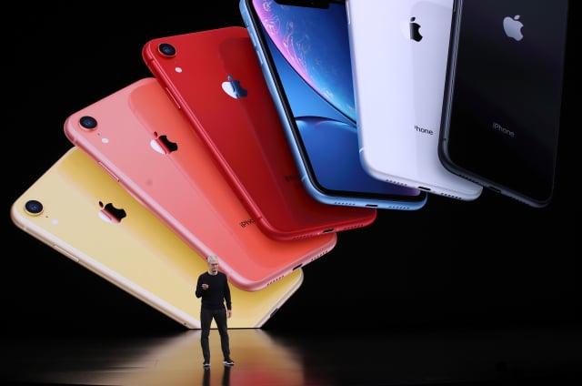 蘋果發布最新iPhone的多個版本並不罕見。但與歷年蘋果推出兩個或三個版本最新iPhone相比,今年傳聞中的iPhone 12預計將有四個不同版本。示意圖。(Justin Sullivan/Getty Images)