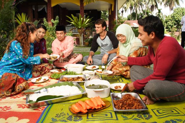 透過料理課程即可完整體驗在地美食的產出與文化。(馬來西亞觀光局提供)