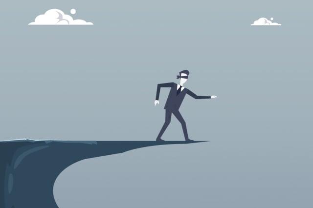 「嚇死人了」是我們常聽見的口頭禪,但恐懼確實可能引發劇烈的身體變化。(Shutterstock)