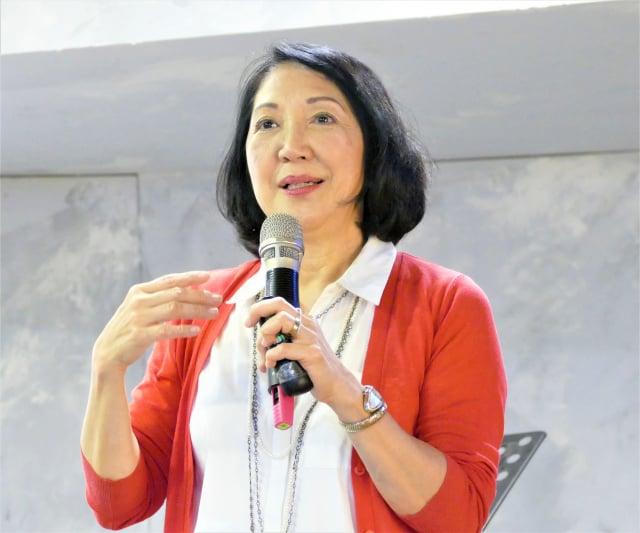 雷洛美從美國來到臺灣,激勵民眾利用發揮人性的光輝,彼此互助,一起迎接下一個新時代的來臨。(攝影/鄧玫玲)