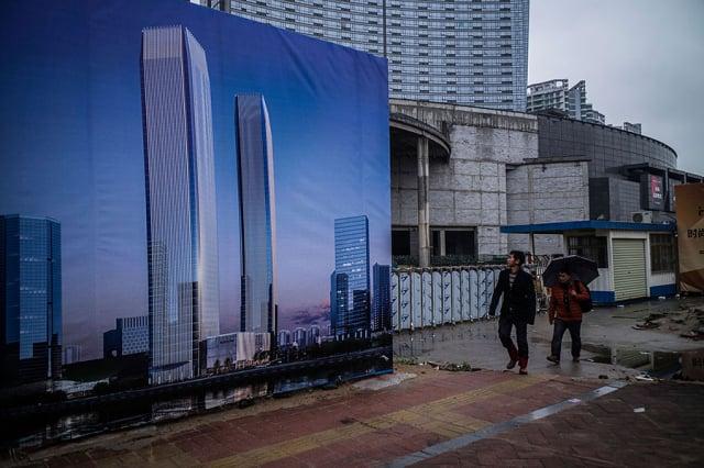 前財政部長顏慶章13日警告,中國可能在今年底或明年初就會發生很嚴重的金融風暴。圖為示意圖。(Lam Yik Fei/Getty Images)