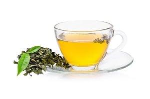 現今科學也證實茶多酚對健康有助益,所以在飲用茶時,不妨配合體質選擇茶種,更能達到保健養生之效。(Shutterstock)