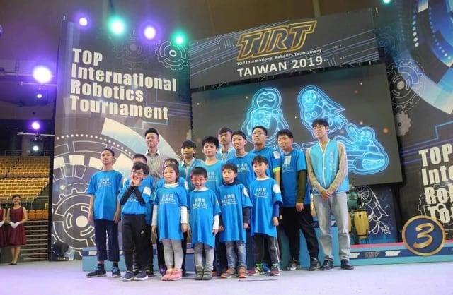 帶領參加2019亞洲AI運動競技大賽榮獲多項佳績。