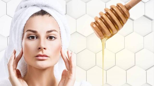 蜂蜜富含抗菌成分,是清潔臉部及毛孔的洗顏聖品。(Fotolia)
