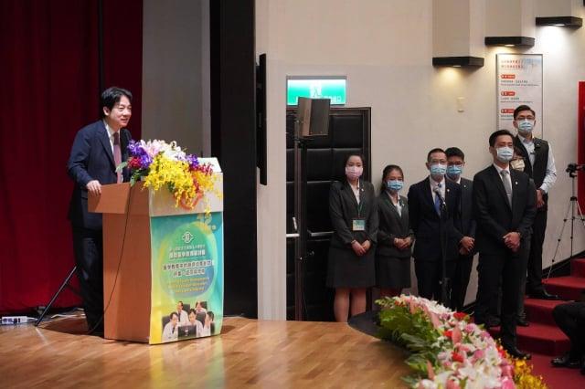 創辦人王永慶先生逝世十二週年,林口長庚醫院以「師資培育」為主題,舉辦「國際醫學教育研討會」。(林口長庚醫院提供)