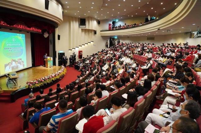 創辦人王永慶先生逝世十二週年,林口長庚醫院以「師資培育」為主題,舉辦「國際醫學教育研討會」。