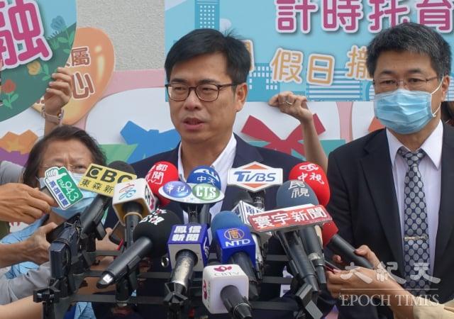 高雄市長陳其邁表示,市府現在做任何準備,就是為了輕軌復工。(記者方金媛/攝影)