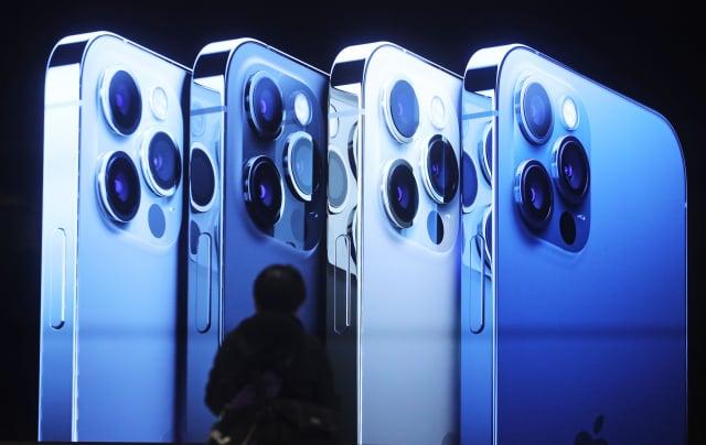 美國蘋果公司(Apple)於當地時間10月13日發布了iPhone 12系列手機,但中國山寨機早在幾個月前已經出現。示意圖。(中央社)