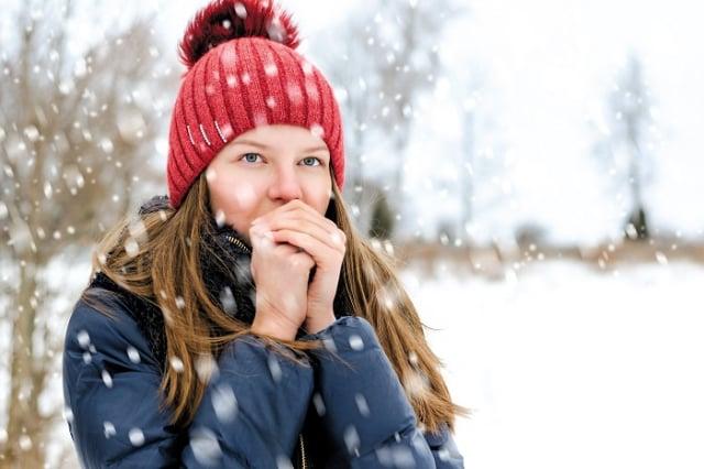 簡易方法教導大家分辨自己的體質;對於手腳冰冷、循環不佳的民眾,她也不藏私提供調理妙方。(123RF)