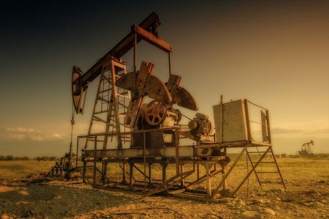 石油鑽機。(pixabay)