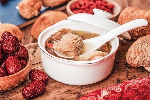 冬季藏好,腎氣就充足,在寒冬之際就不怕冷,也不容易生病。(Shutterstock)