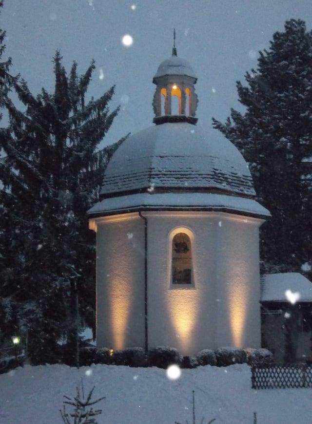 平安夜禮拜堂。(Michael Burgholzer/Wikimedia Commons)