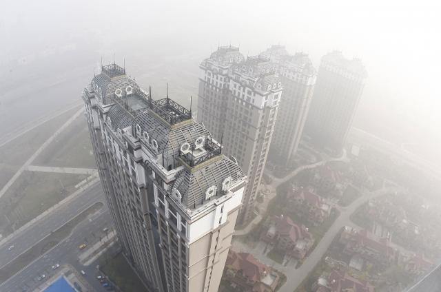 哈爾濱成為首個鼓勵房企降價的中國城市。圖為哈爾濱一景。(STR/AFP via Getty Images)