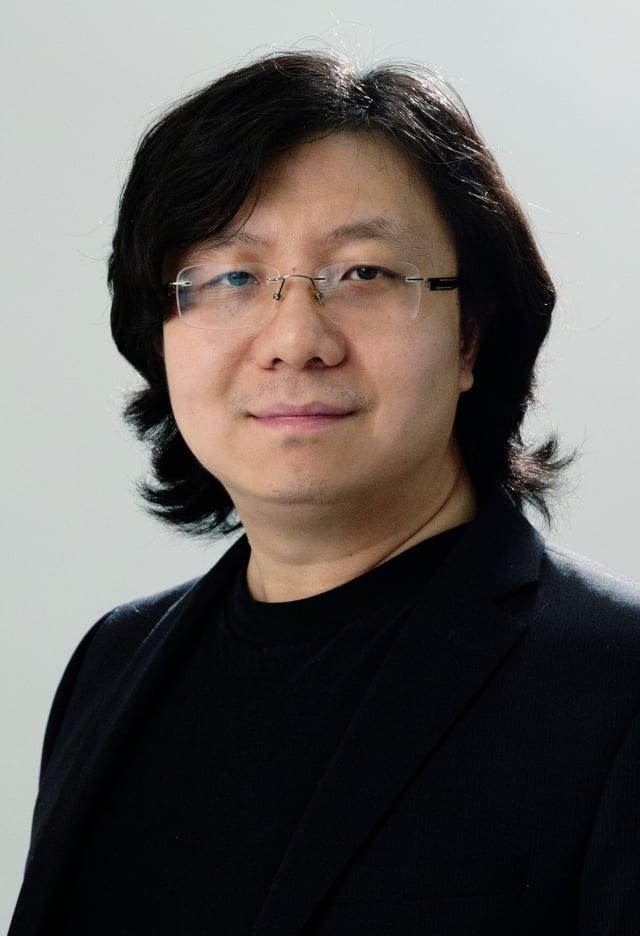 導演馬琰是來自加拿大多倫多的電影人。(《扶搖直上》提供)