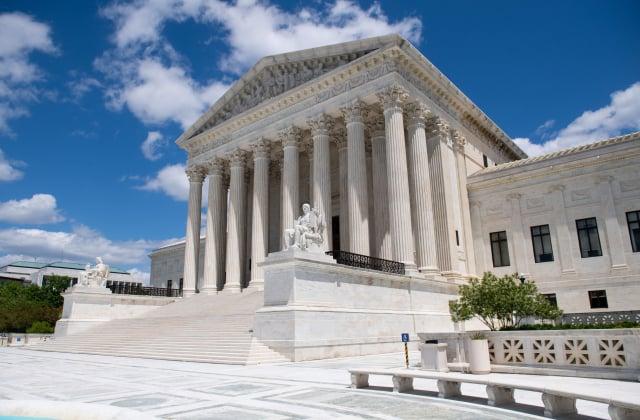 圖為美國最高法院外觀,攝於2020年5月12日。(SAUL LOEB/AFP via Getty Images)