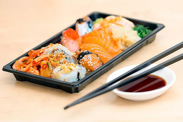 壽司有澱粉和豐富的蛋白質。(World Gym Blog提供)