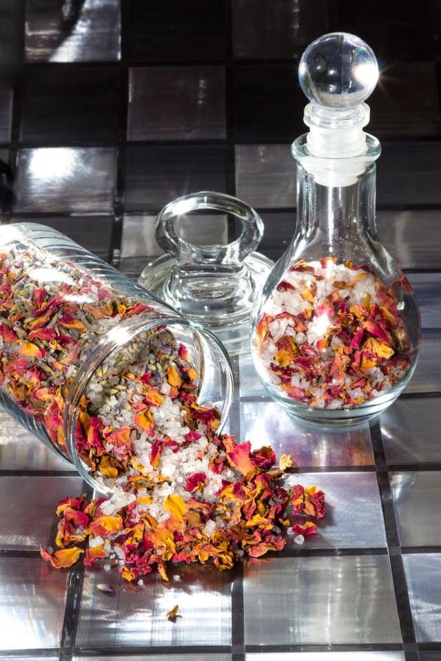 典型的玫瑰乾燥花可用香料創造出嶄新而豐富的氣味。示意圖。(Shutterstock)