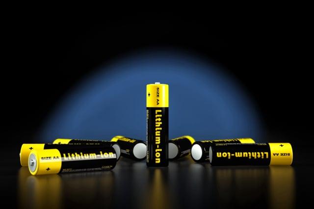 科學家發現氟有可能替代鋰,並用於可充電電池。(ShutterStock)