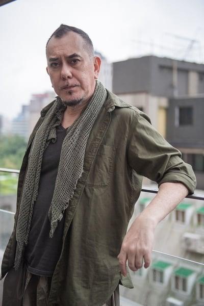 黃秋生近40年演藝生涯,對他來說,詮釋壞人比「淪落人」裡身障人士更為辛苦。(LiTV提供)