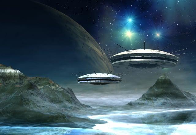 英國媒體披露,該國特種部隊「空降特勤隊」曾接受訓練,以抵抗外星人入侵。圖為UFO的示意圖。(Fotolia)