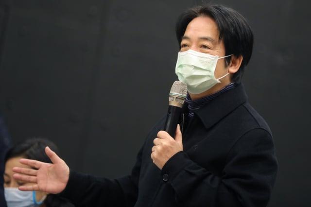 副總統賴清德13日參訪台北流行音樂中心表示,期盼未來能活用空間,物盡其用。(總統府提供)