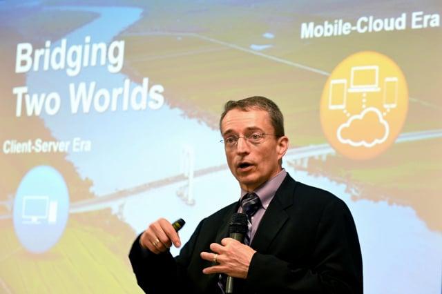 英特爾新任執行長季辛格(圖)表示,在2023年前晶片仍以自行生產為主。資料照。(MANJUNATH KIRAN/AFP via Getty Images)
