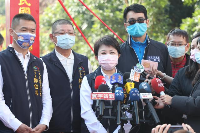 臺中市長盧秀燕25日斥責這名違反防疫規定的臺商「惡行重大」,強調一定重罰。(臺中市政府提供)