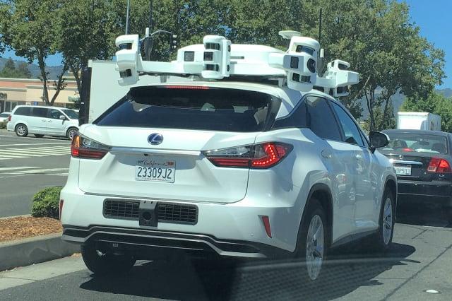 蘋果公司正在矽谷測試的無人駕駛汽車。(記者曹景哲/攝影)