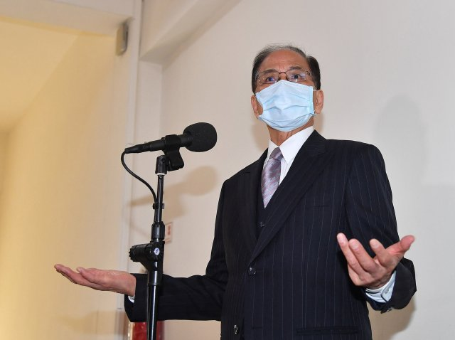 立法院長游錫坦言,立委涉收賄案對國會形象確實有影響,但尊重司法的裁判。(中央社)
