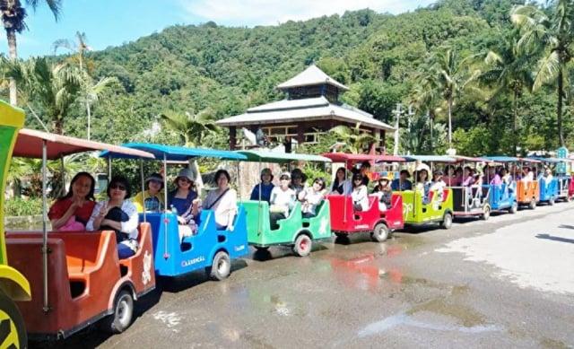 因應過年假期出遊潮,交通部觀光局將實施主題樂園總量管制,以及預警分流等防疫措施。(記者曾晏均/攝影)