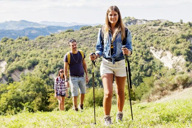 走路可以使人體內的很多肌肉,尤其是大腿的肌肉,做連續的收縮和放鬆的動作。(Shutterstock)